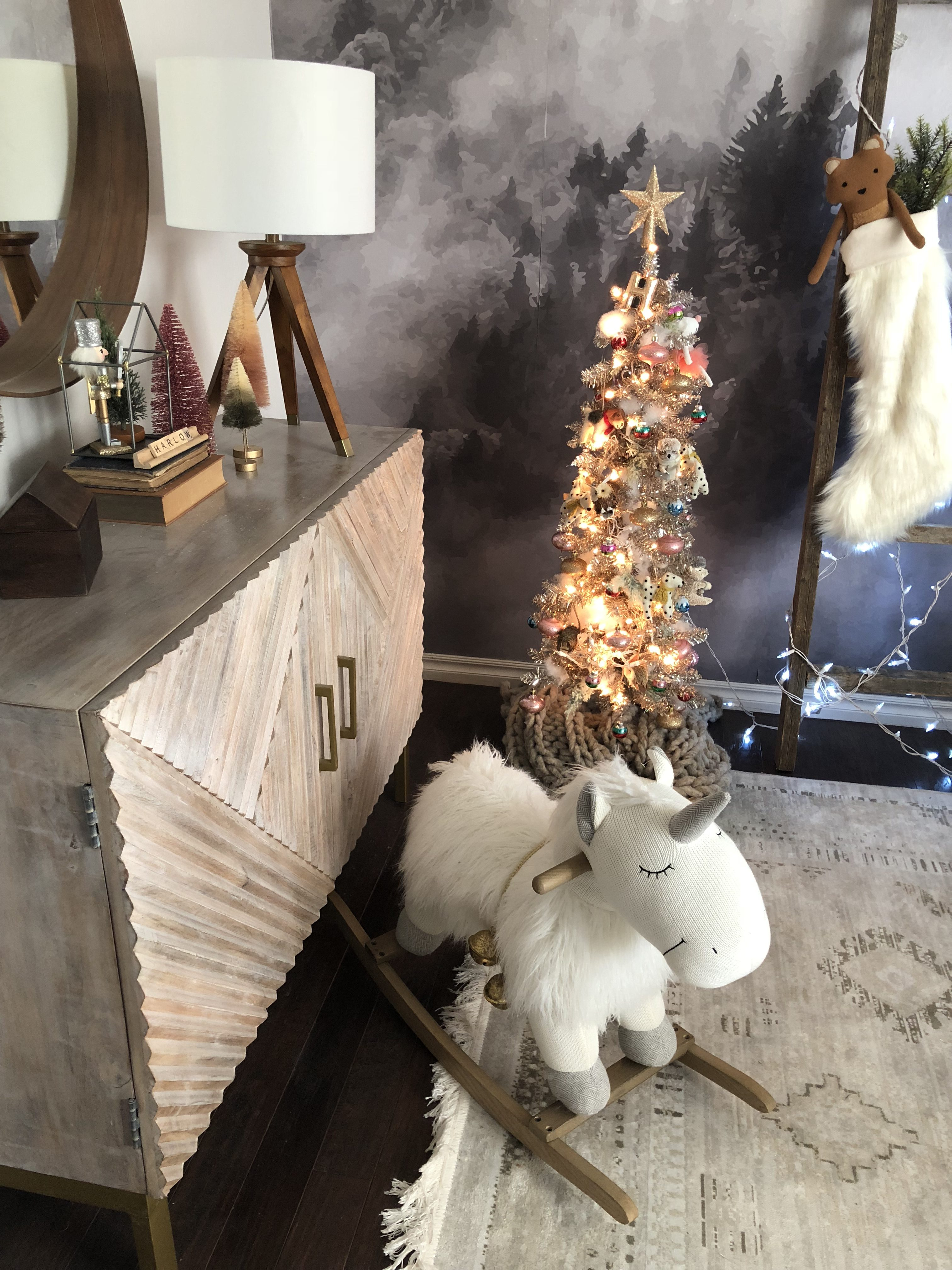 West Elm Christmas 2018.How To Decorate A Bedroom For The Holidays The Spoiled Home
