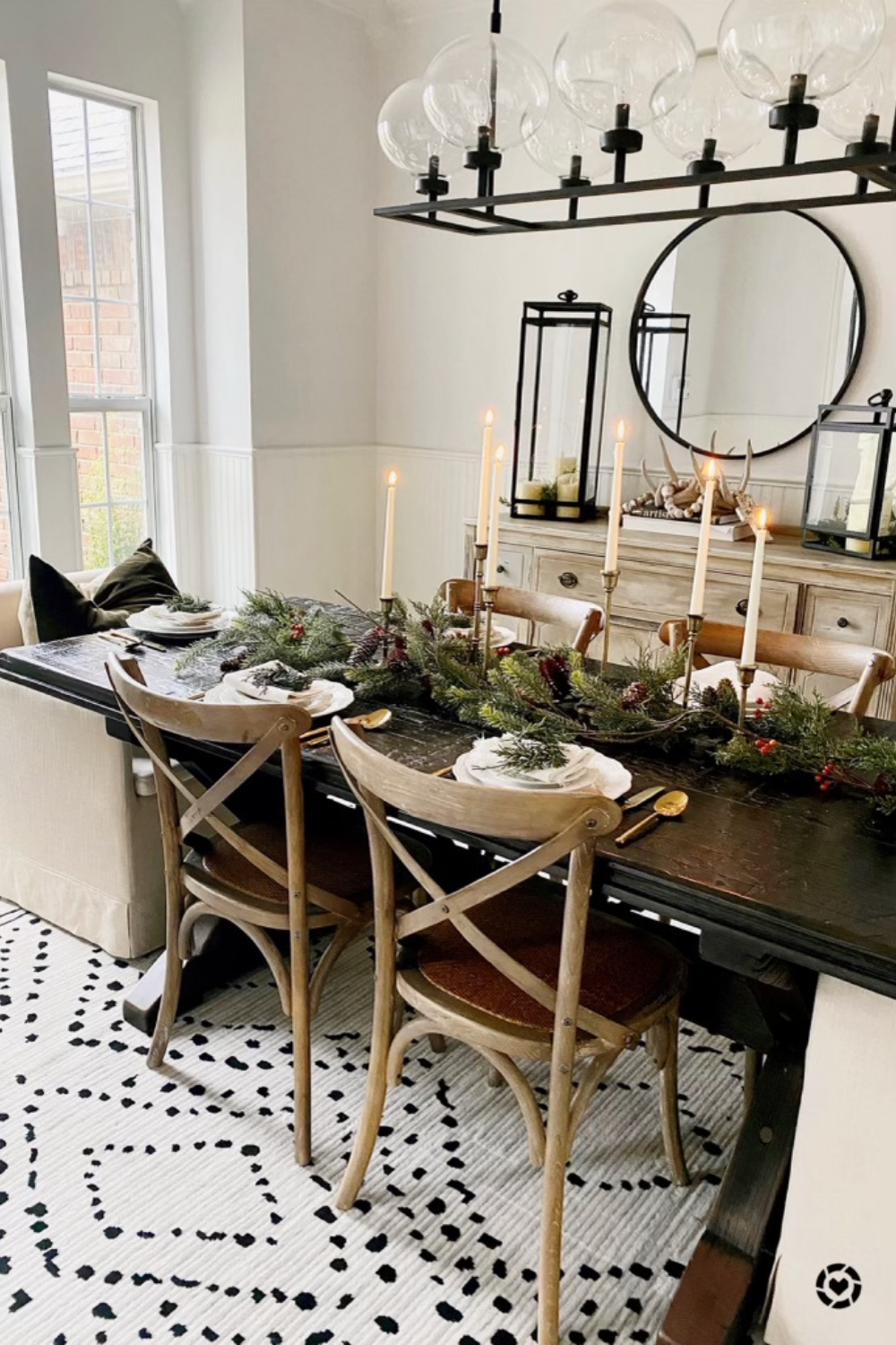 The Spoiled Home Dining Room Tablescape